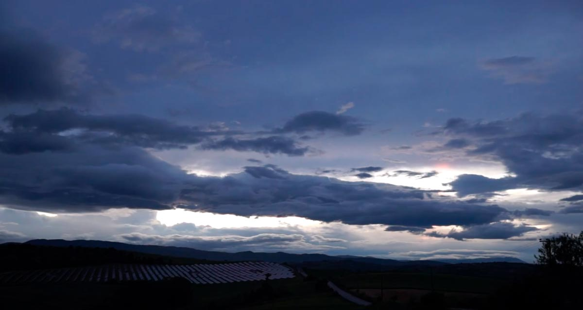 A time-lapse at dusk, cloudy and beautiful
